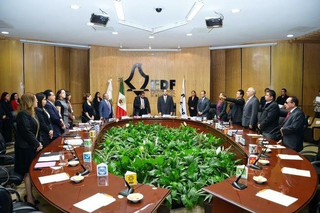 Configuran las comisiones del IEDF