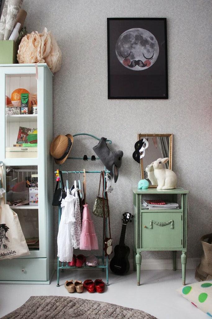 Consigue espacio extra con burros (de ropa)