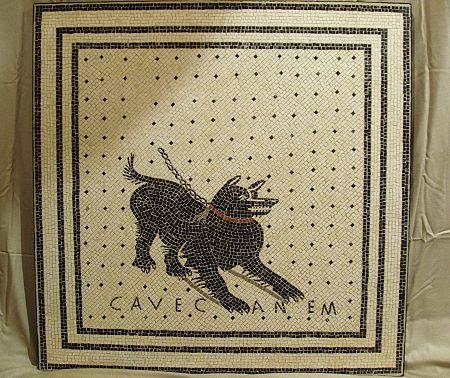 »cave canem«, eine Reproduktion eines römischen Mosaiks