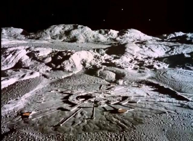 Image from the freeware lunar colonization game Moonbase Alpha