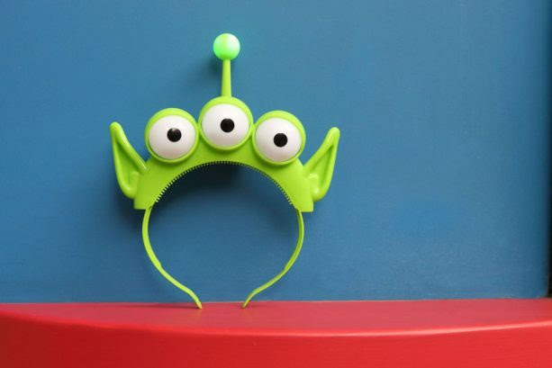 Little Green Alien Headband ©Disney