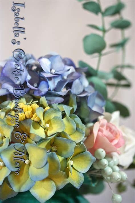 17 Best images about Gum Paste Flowers on Pinterest