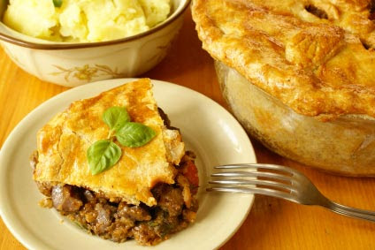 Simple Steak Pie Recipe by Go dine