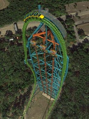 Zumanjaro inside Kingda Ka coaster's tower