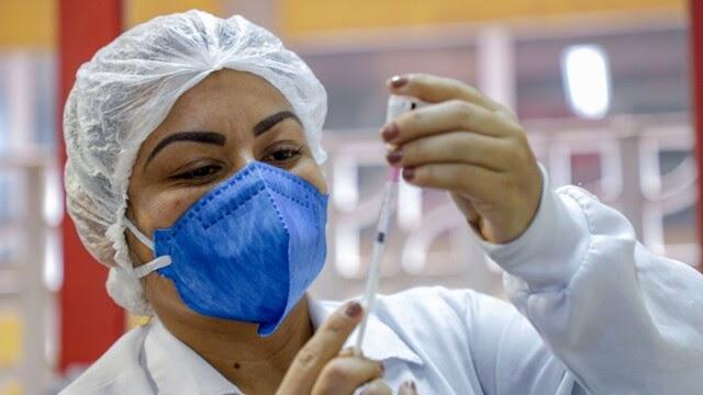Pessoas a partir de 45 anos começam a ser vacinadas nesta terça-feira em Porto Velho