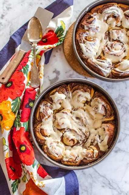 Sweet Cinnamon Rolls amongst Cream Cheese Frosting                 MERRY CHRISTMAS