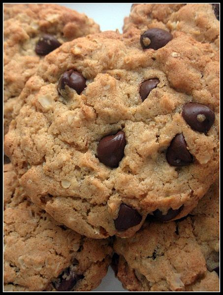 File:Chocolate Chip Oatmeal Cookies detail.jpg