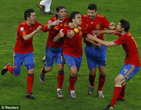 Spain-Carles-Pujol-goal-against-Germany-World-Cup-2010.jpg