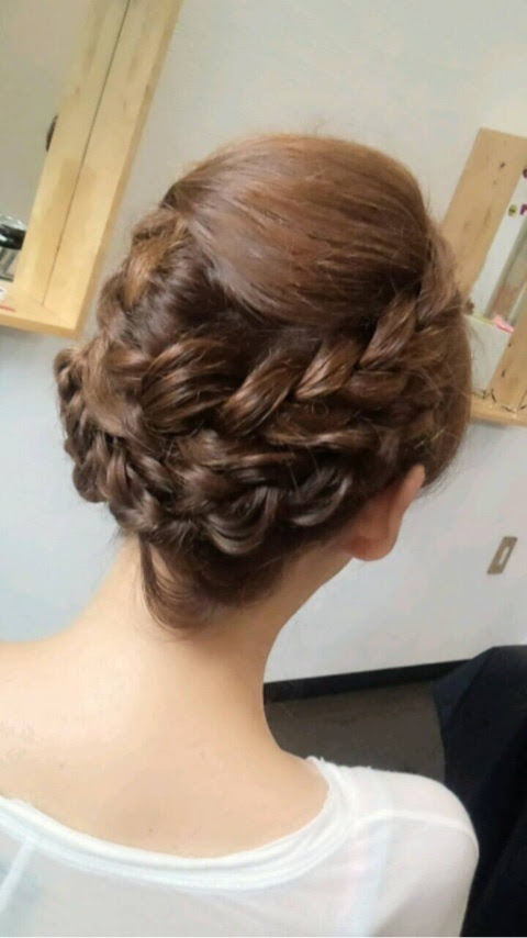 実は簡単!編み込み髪型アレンジで女子力アップ カウモ