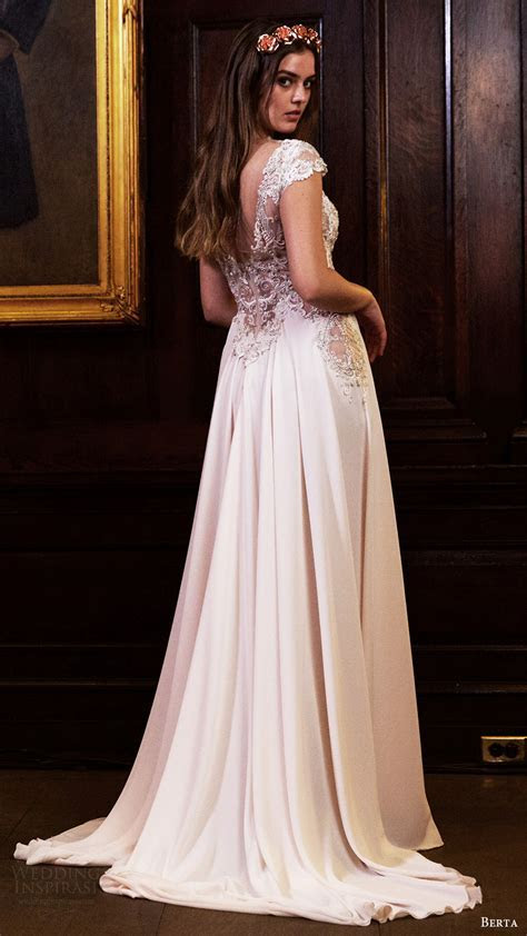 Berta Fall/Winter 2016 Wedding Dresses   Wedding Inspirasi