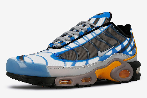 quality design 08c18 ff4dc Nike Adds The Deluxe Graphic To The Air Max Plus