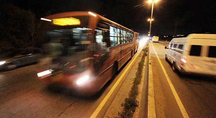 O ano de 2017 já tem mais de 3.200 registros de assaltos a ônibus
