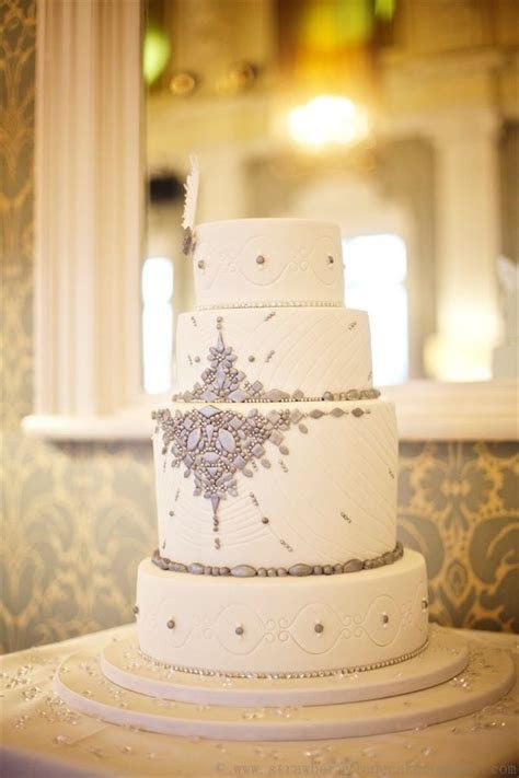 Wedding Dress Inspired Cakes   PreOwned Wedding Dresses