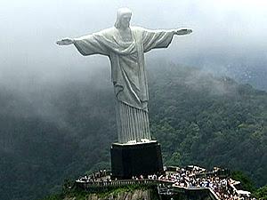 Cristo Redentor vai ganhar uma nova iluminação no aniversário do Rio (Foto: Reprodução / TV Globo)