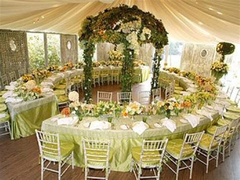 57 Wedding Reception Table Set Up, Table Setting At A