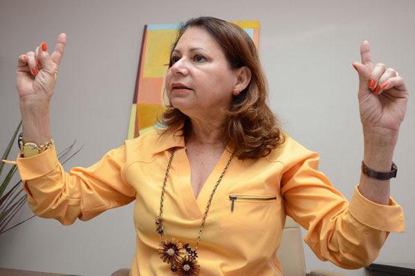 Betânia Ramalho criticou falta de sensibilidade dos educadores