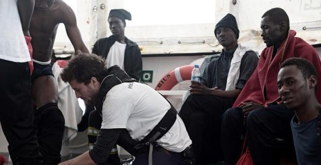 Resultado de imagen de migrantes y aquarius
