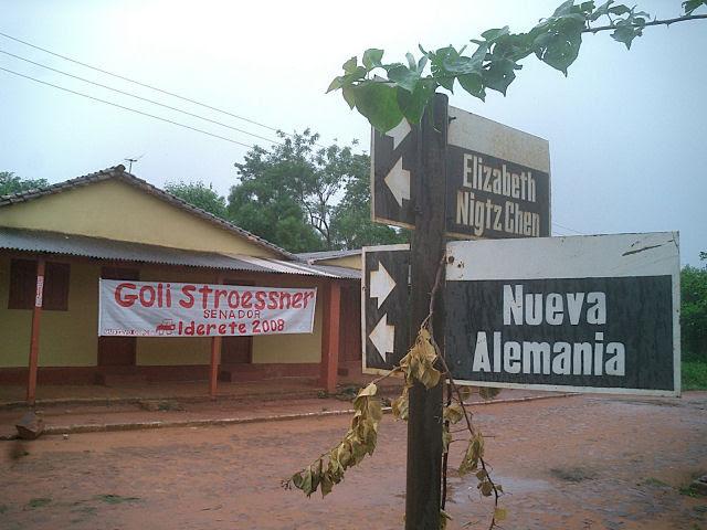 Reconstruindo uma casa de arianos puros na selva paraguaia