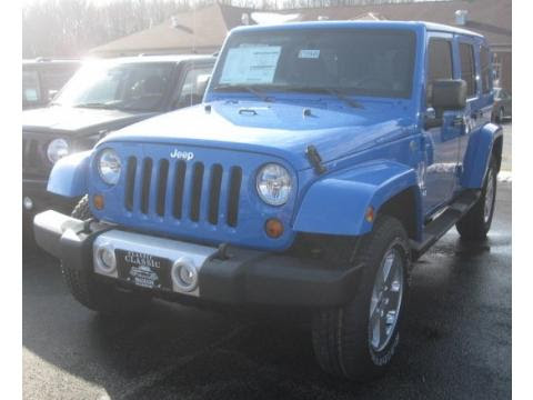 Pontiac Dealer. Example Jeep Inventory at Classic Madison