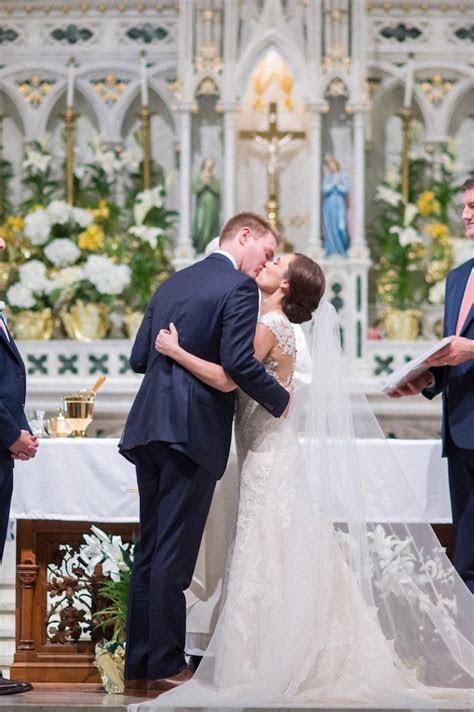 Cherry Blossoms Brighten This Maryland Wedding   MODwedding