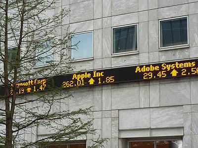 apple INC.jpg