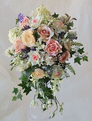 Pink, Blush and Lavender Roses, Lilacs and Sprays