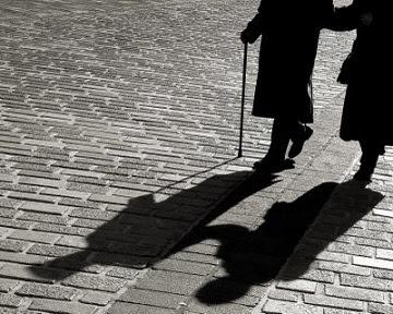 Ancianos Se Suicidan Tomados De La Mano Y Reclaman Aprobación De La