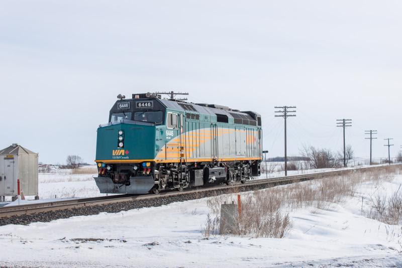VIA 6446 running light outside Winnipeg