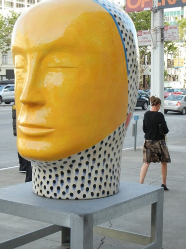 Sculpture by Jun Kaneko, Designer for San Francisco Opera's Die Zauberflöte - June 2012 _ 7938