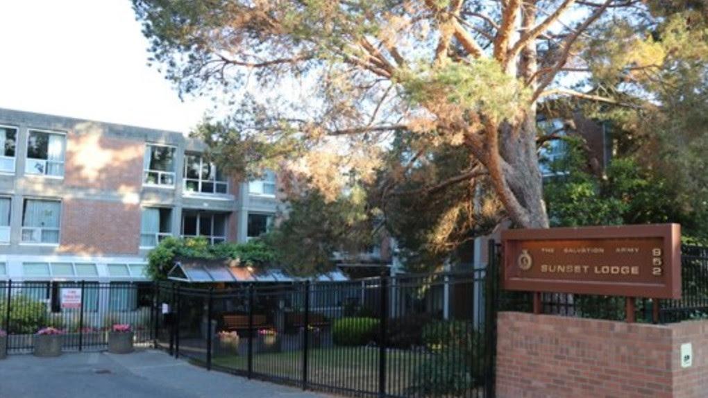 COVID-19 death toll reaches 6 at Victoria care home
