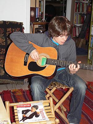 paul guitare 3.jpg