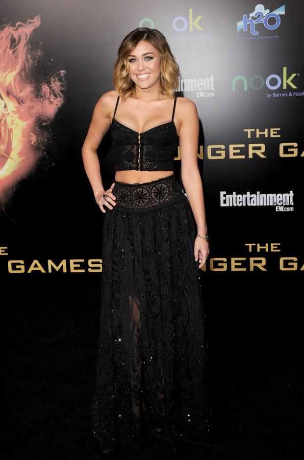 Miley Cyrus na première de 'The Hunger Games' em Los Angeles, nos Estados Unidos (Foto: Getty Images/ Agência)