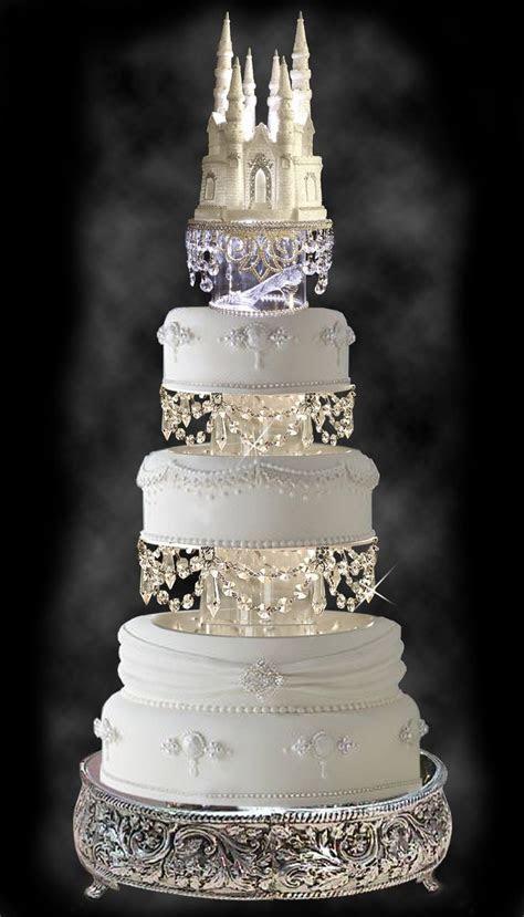 Royal wedding cakes, Cinderella castle and Wedding cakes
