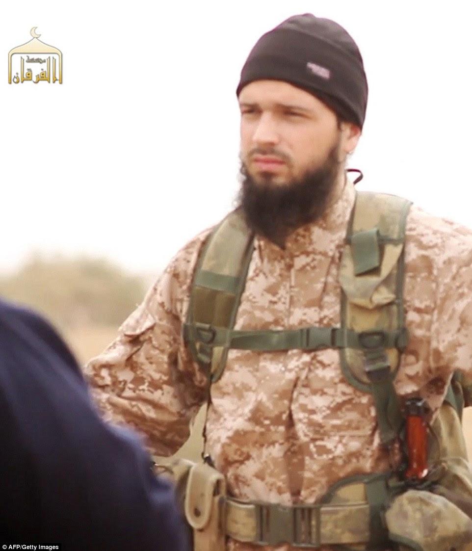 atacante Normandia Adel Kermiche era conhecido por ter sido um amigo de Maxime Hauchard (foto), um jihadista francês envolvido na decapitação de americanos na Síria