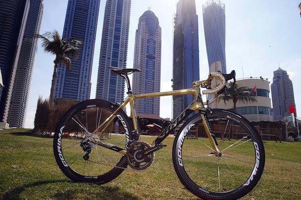 The bicycle of Vinokourov before the 2016 Dubai Tour