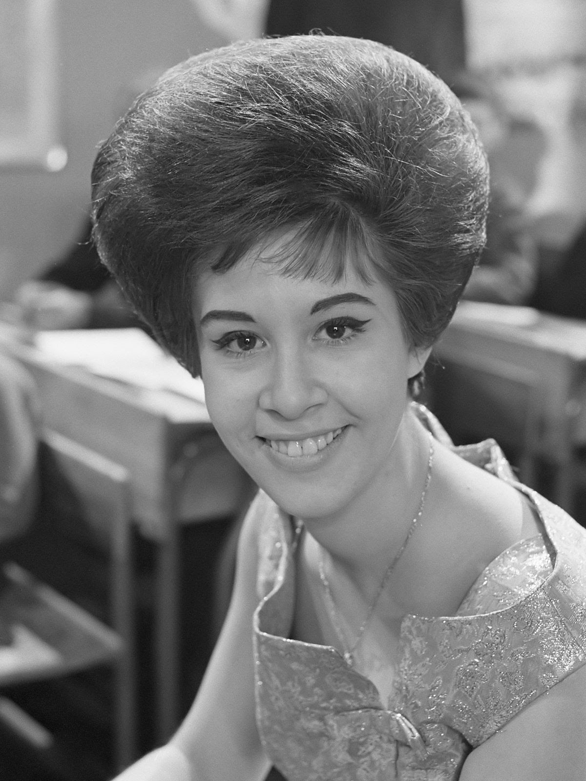 """Helen Shapiro (1963)"" by Harry Pot / Anefo - Nationaal Archief. Licensed under CC BY-SA 3.0 via Wikimedia Commons."
