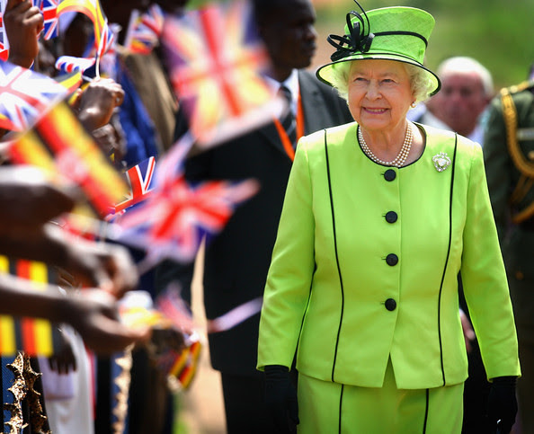 Queen Elizabeth II hat 9