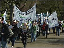 Union members demonstrating in Glasgow