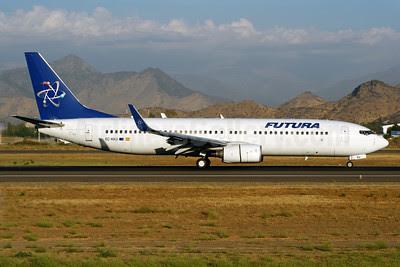 Futura International Airways Boeing 737-86N WL EC-KKU (msn 32658) SCL (Alvaro Romero). Image: 900851.