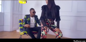 Download Video:- Ajebutter22 Ft Mr Eazi And Eugy – Ghana Bounce (Remix)