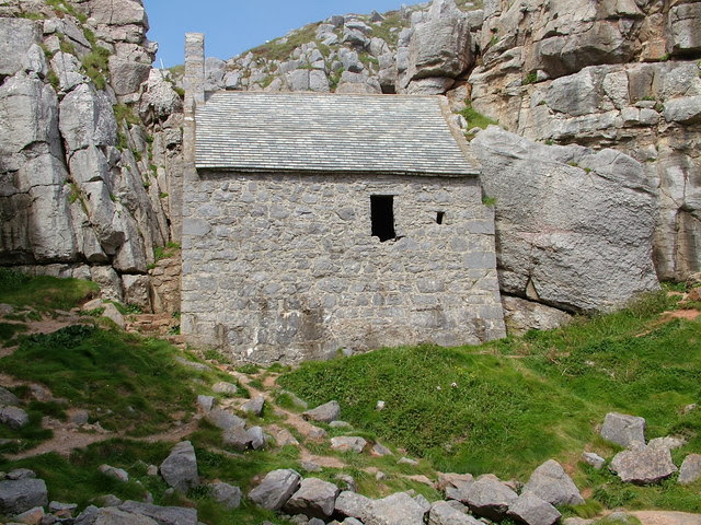 File:St Govans' chapel - geograph.org.uk - 876068.jpg