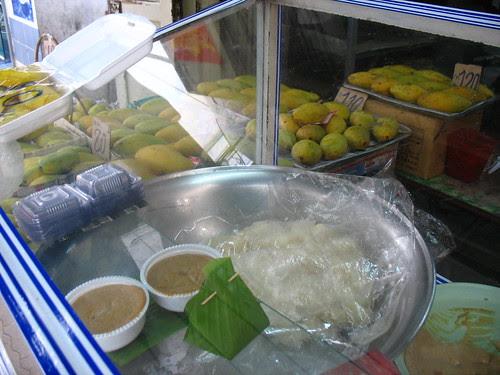 Mango and Sticky rice Stand