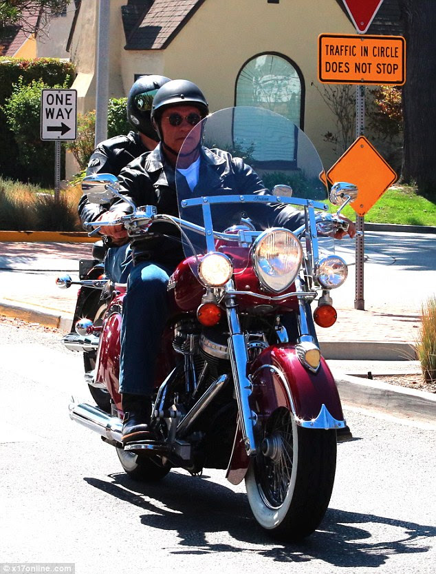 The coast is clear: Arnold finally broke free from the cars an headed for the open road