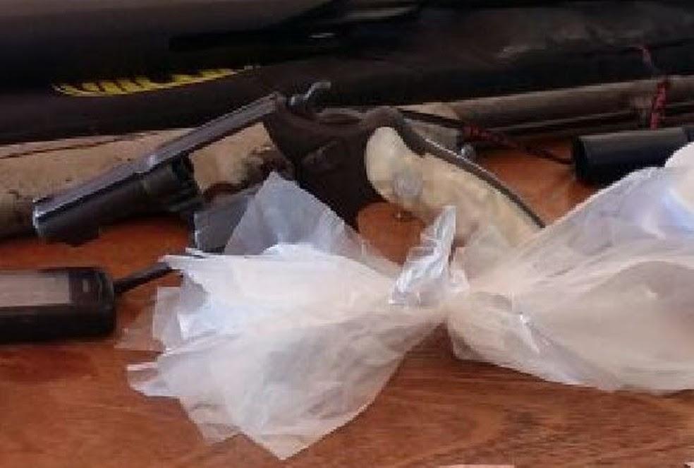 Vereador não tinha autorização para possuir armas (Foto: Polícia Civil/Divulgação)