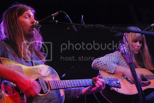 Evan Dando & Juliana Hatfield: photo by Michael Ligon