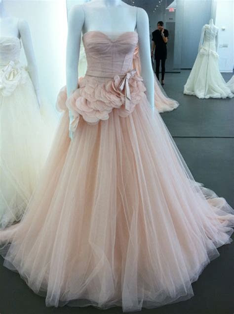 Wedding Inspiration Center: Stunning Blush Wedding Gowns