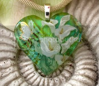 Calla Lilly Heart Glass Pendant by CCValenzo
