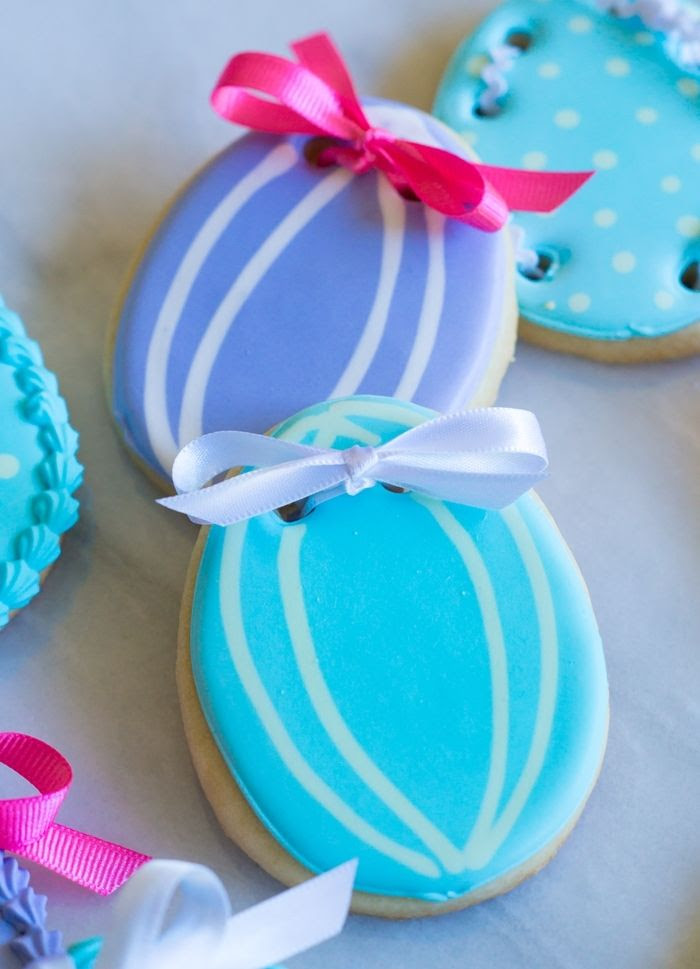 how to make beribboned easter egg decorated cookies