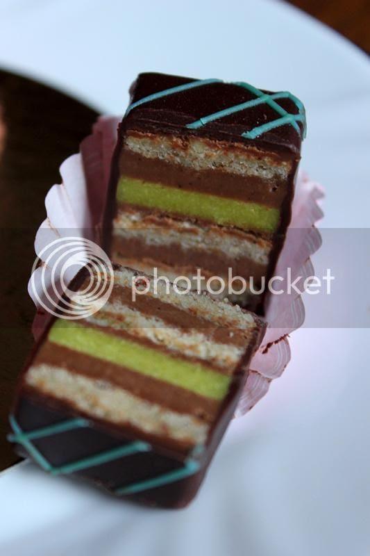 Mozart mini torta photo IMG_5888_zps49e250db.jpg