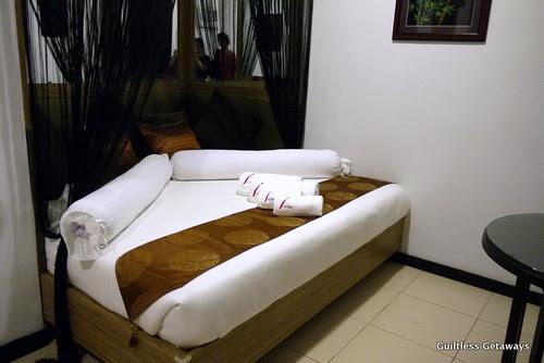 isuites-shinden-room-master.jpg